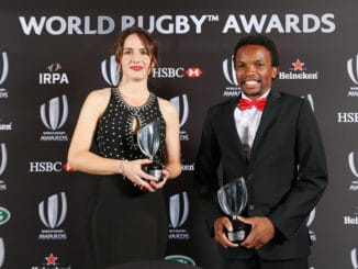 Alhambra Nievas of Spain and Rasta Rasivhenge of South Africa pose withe the World Rugby referee Award during the World Rugby Awards 2016. (Photo by Tom Shaw - World Rugby/World Rugby via Getty Images)